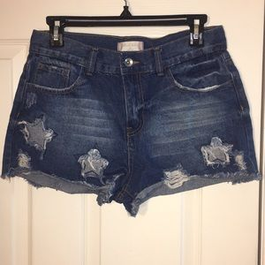 Altar'd State, size 28 distressed star shorts